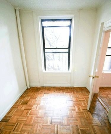 1 Bedroom, West Village Rental in NYC for $2,063 - Photo 2