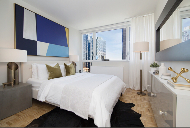 Studio, Long Island City Rental in NYC for $2,965 - Photo 2