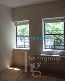 3 Bedrooms, Upper East Side Rental in NYC for $3,650 - Photo 2
