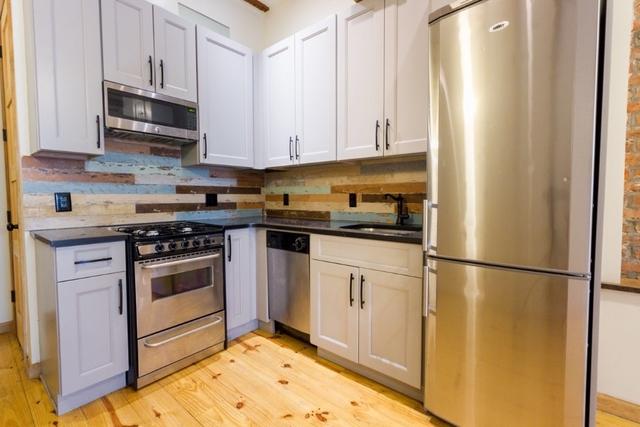 Room, Bushwick Rental in NYC for $900 - Photo 1