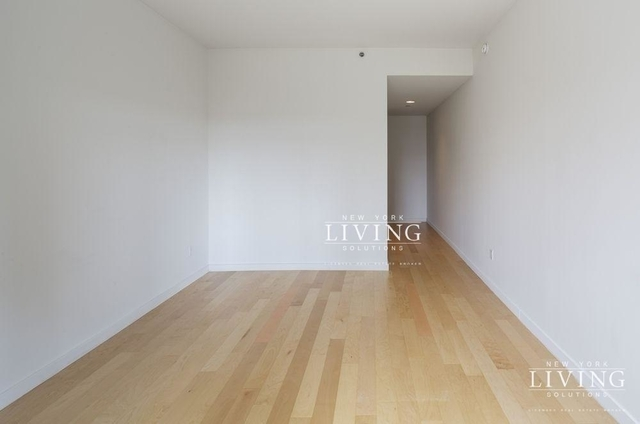 Studio, Financial District Rental in NYC for $2,665 - Photo 2