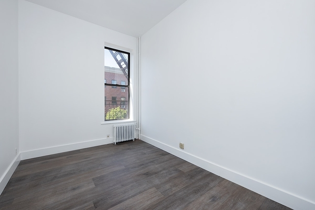 3 Bedrooms, Greenpoint Rental in NYC for $4,200 - Photo 2