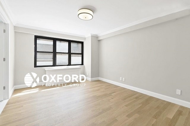 2 Bedrooms, Upper East Side Rental in NYC for $5,912 - Photo 2