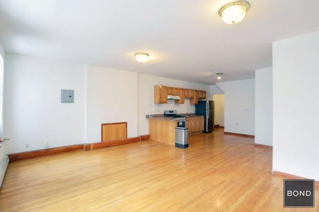 3 Bedrooms, Chelsea Rental in NYC for $3,600 - Photo 2