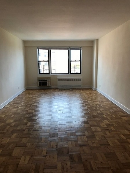 1 Bedroom, Rego Park Rental in NYC for $2,127 - Photo 1