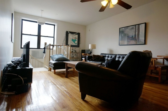 2 Bedrooms, Williamsburg Rental in NYC for $3,150 - Photo 2