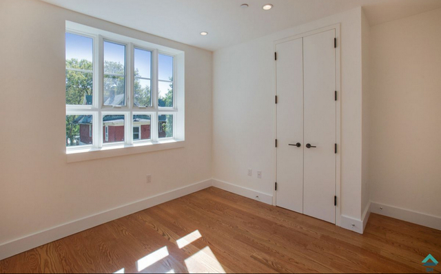 2 Bedrooms, Prospect Lefferts Gardens Rental in NYC for $3,189 - Photo 2