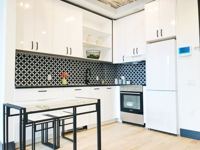 2 Bedrooms, Bushwick Rental in NYC for $2,999 - Photo 2
