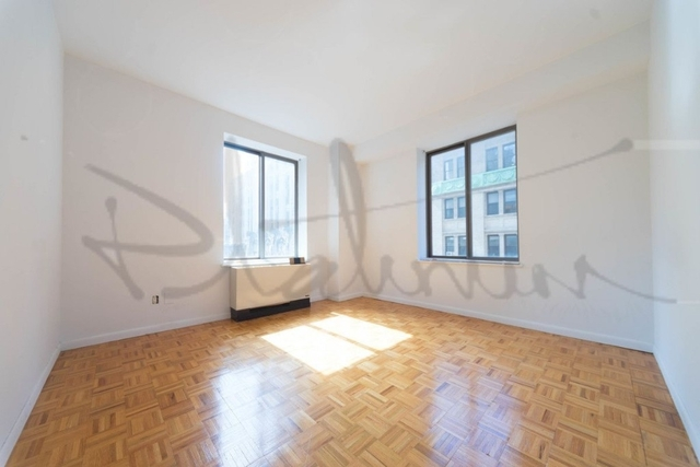 3 Bedrooms, Financial District Rental in NYC for $5,350 - Photo 2