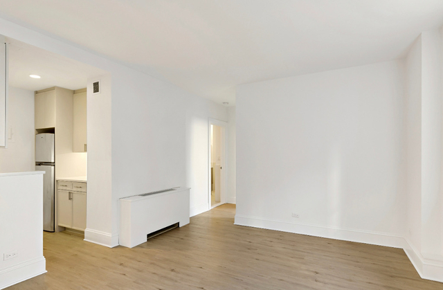 3 Bedrooms, Chelsea Rental in NYC for $5,499 - Photo 2