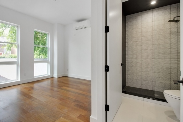2 Bedrooms, Greenpoint Rental in NYC for $3,258 - Photo 2