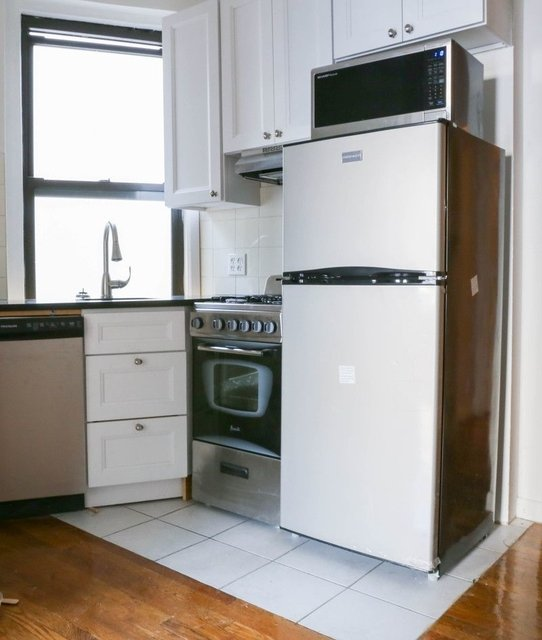 3 Bedrooms, East Village Rental in NYC for $4,300 - Photo 1