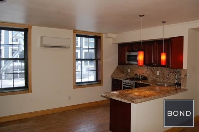 2 Bedrooms, Hudson Square Rental in NYC for $4,200 - Photo 2