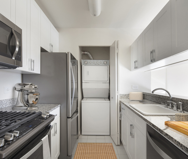 1 Bedroom, Upper West Side Rental in NYC for $5,015 - Photo 2