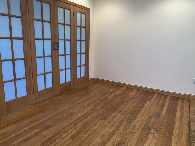 2 Bedrooms, Steinway Rental in NYC for $2,100 - Photo 1