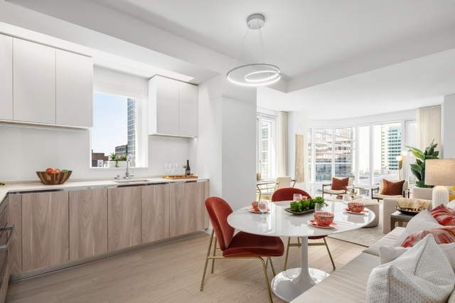 2 Bedrooms, Hell's Kitchen Rental in NYC for $7,302 - Photo 2