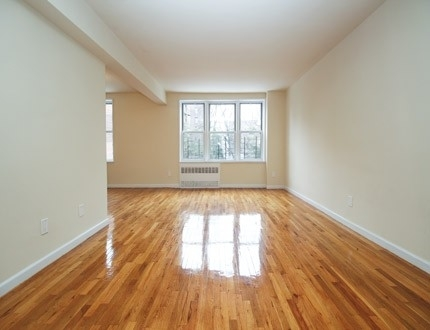 1 Bedroom, Briarwood Rental in NYC for $2,020 - Photo 2