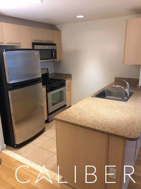 1 Bedroom, Manhattan Valley Rental in NYC for $3,095 - Photo 2
