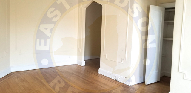 Studio, Steinway Rental in NYC for $1,750 - Photo 1