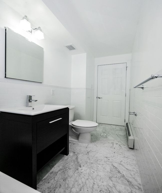2 Bedrooms, Chelsea Rental in NYC for $5,170 - Photo 2