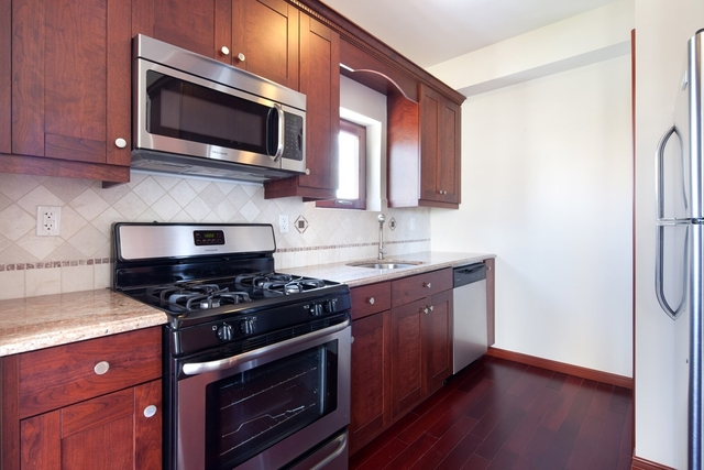 1 Bedroom, Brighton Beach Rental in NYC for $1,975 - Photo 1