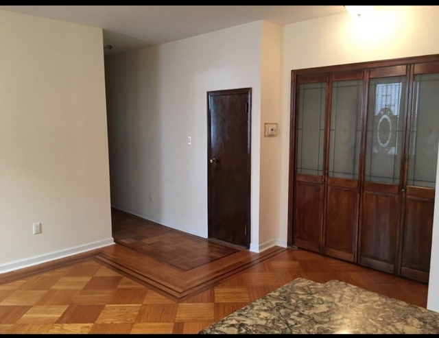 4 Bedrooms, Astoria Rental in NYC for $4,200 - Photo 2