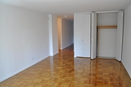 3 Bedrooms, Gramercy Park Rental in NYC for $7,700 - Photo 2