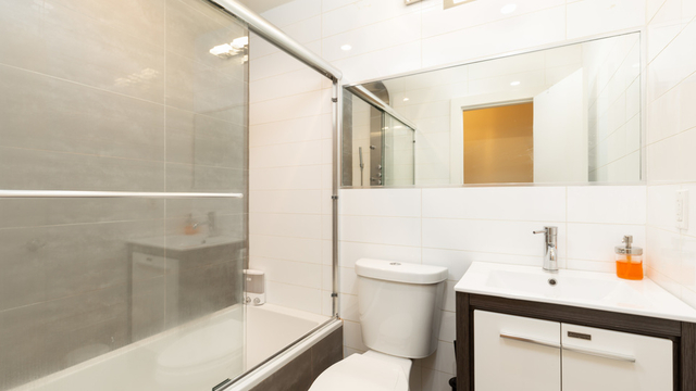 3 Bedrooms, Greenpoint Rental in NYC for $4,195 - Photo 2