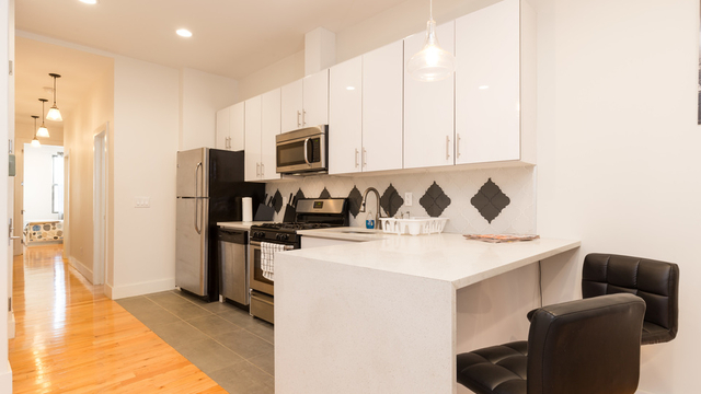 3 Bedrooms, Greenpoint Rental in NYC for $4,195 - Photo 1