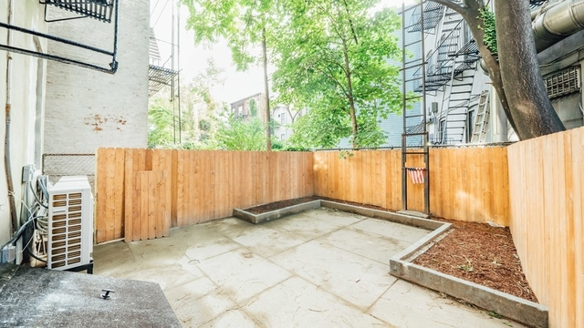 3 Bedrooms, Greenpoint Rental in NYC for $4,399 - Photo 1