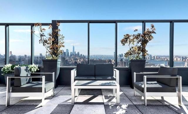 Studio, Chelsea Rental in NYC for $3,200 - Photo 2