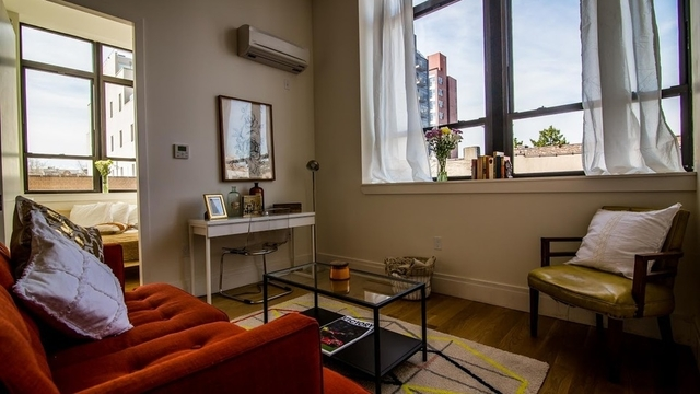2 Bedrooms, Williamsburg Rental in NYC for $3,995 - Photo 1