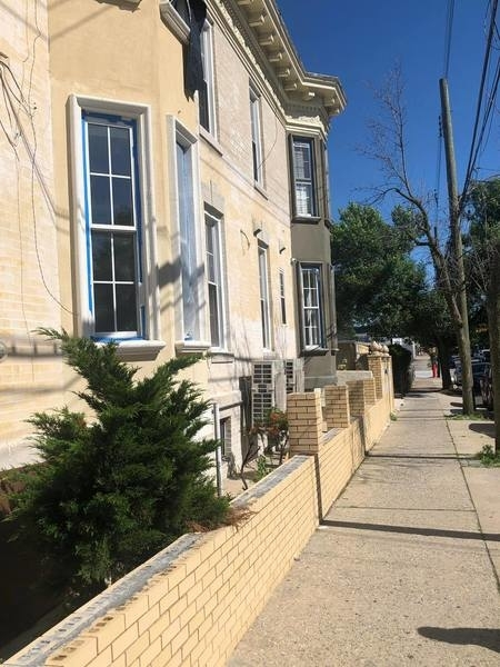 2 Bedrooms, Ozone Park Rental in NYC for $3,500 - Photo 2