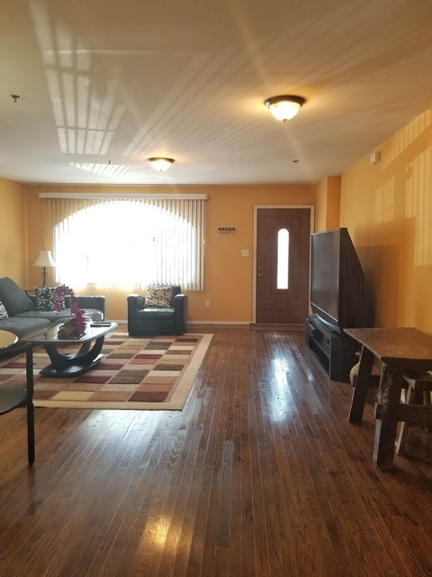 3 Bedrooms, Flatlands Rental in NYC for $2,399 - Photo 1