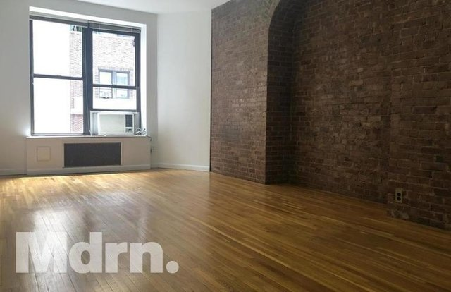 Studio, Theater District Rental in NYC for $2,350 - Photo 2