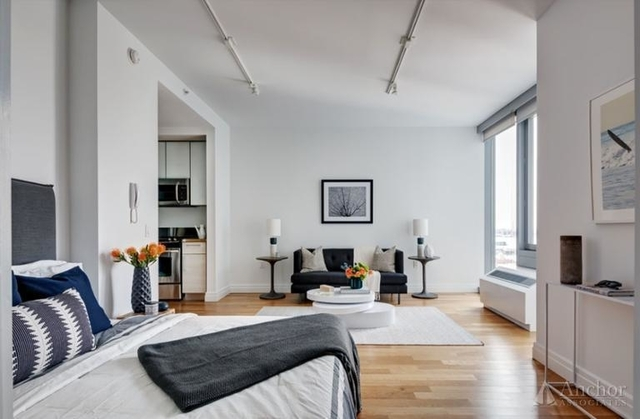 Studio, Hell's Kitchen Rental in NYC for $3,045 - Photo 1