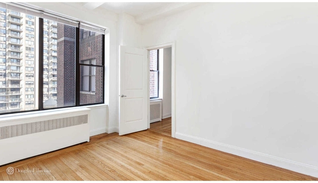 Studio, Lincoln Square Rental in NYC for $2,684 - Photo 2