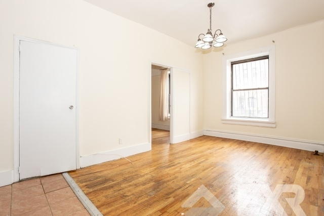 2 Bedrooms, Crown Heights Rental in NYC for $2,635 - Photo 2