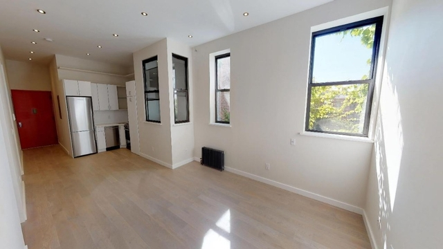 Room, East Harlem Rental in NYC for $950 - Photo 2