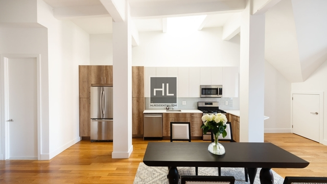 Studio, West Village Rental in NYC for $5,850 - Photo 2