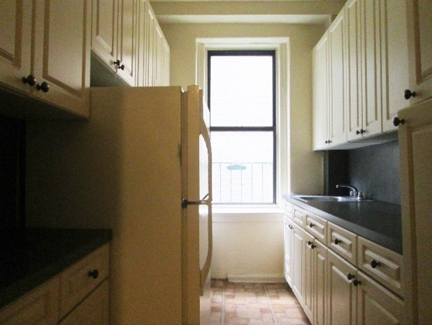 2 Bedrooms, Hamilton Heights Rental in NYC for $2,638 - Photo 2