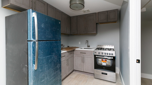 2 Bedrooms, Wingate Rental in NYC for $2,000 - Photo 1