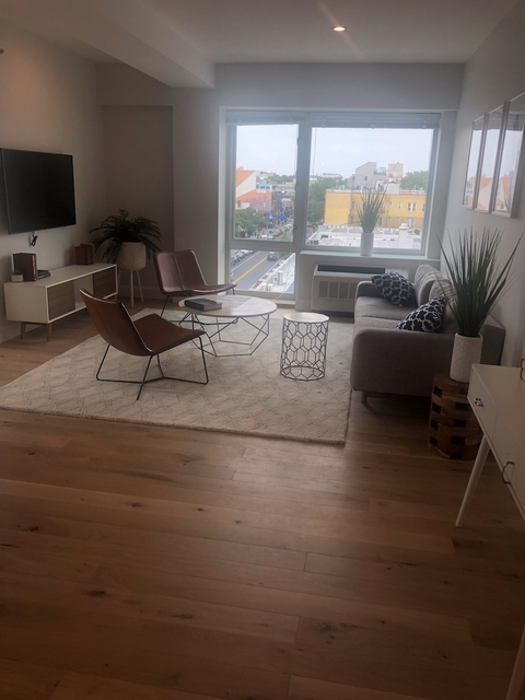 2 Bedrooms, Astoria Rental in NYC for $3,390 - Photo 2