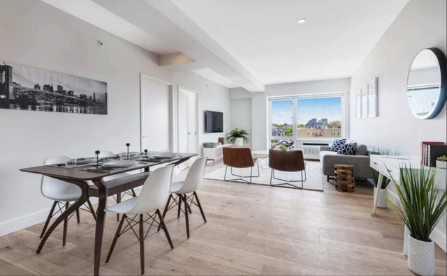 2 Bedrooms, Astoria Rental in NYC for $3,340 - Photo 2