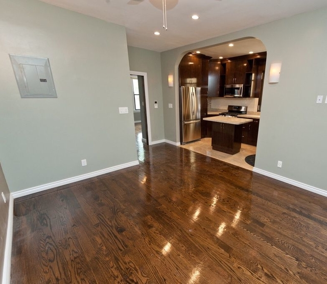 3 Bedrooms, Steinway Rental in NYC for $3,199 - Photo 2