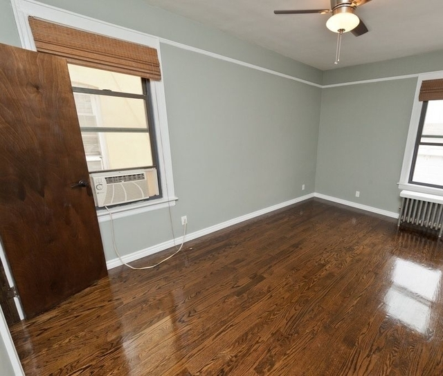 3 Bedrooms, Steinway Rental in NYC for $3,199 - Photo 1