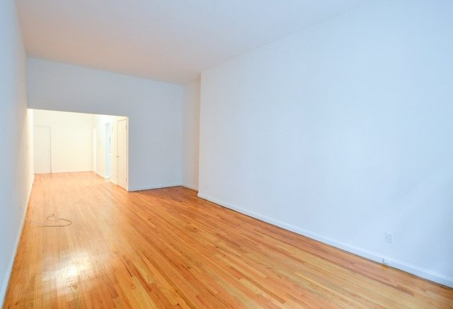 Studio, Sutton Place Rental in NYC for $2,295 - Photo 2