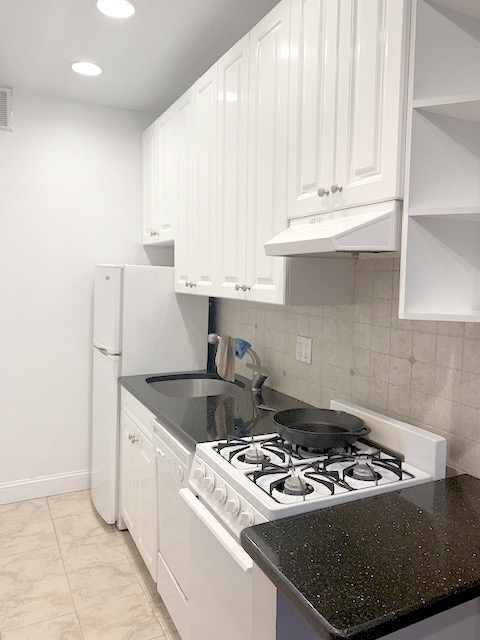 1 Bedroom, Upper West Side Rental in NYC for $2,325 - Photo 1