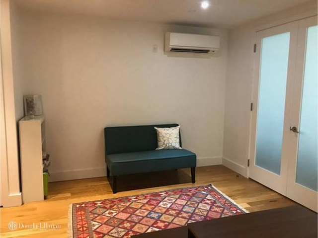 2 Bedrooms, Crown Heights Rental in NYC for $3,350 - Photo 2