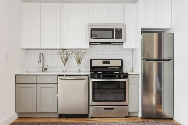 Studio, Crown Heights Rental in NYC for $2,567 - Photo 2